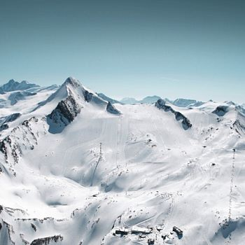 Ski tours at glacier Kitzsteinhorn