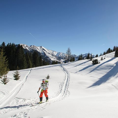 Ski tour adventure package
