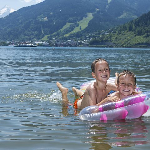 Kids at Zell am See